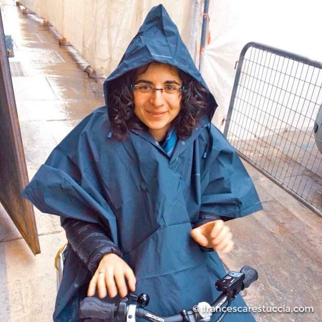 poncho-disabili-inverno-pioggia-carrozzina
