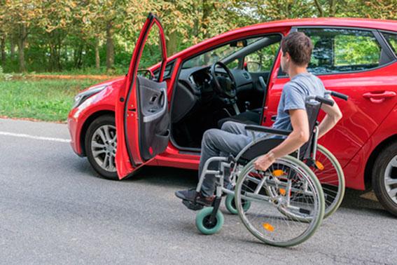 sportello-auto-disabili-carrozzina